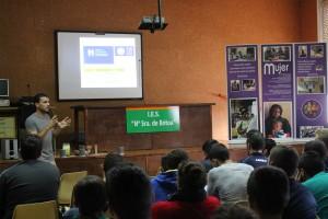César Álvarez, técnico de FELCODE habla sobre IDH en el IES Bótoa, Badajoz./ CONGDEX